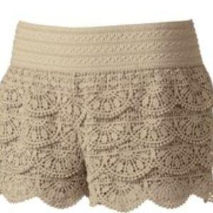 🏈 Rewind Lace Shorts